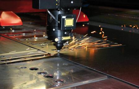 Использование лазерной резки в промышленности: преимущества и особенности