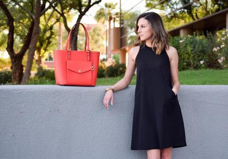 Чем разбавить маленькое чёрное платье?